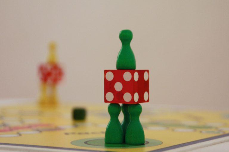 Titelbild auf webpixelkonsum Spielfigurenturm