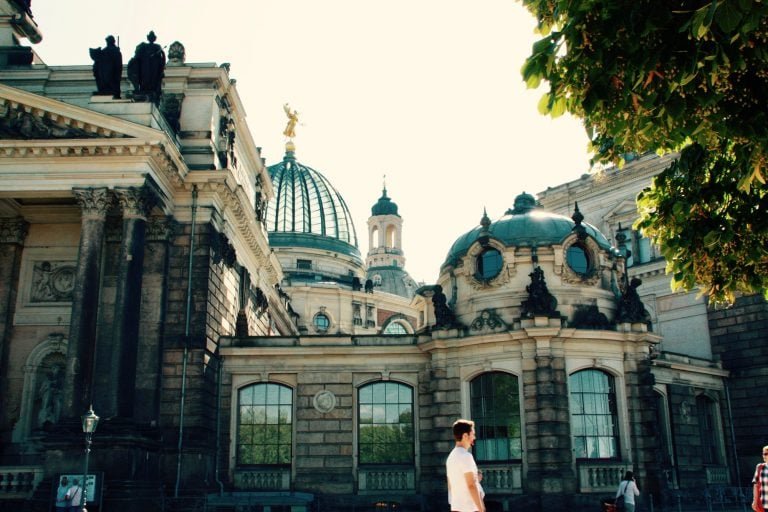 Titelbild auf webpixelkonsum Dresden Serienbild 7