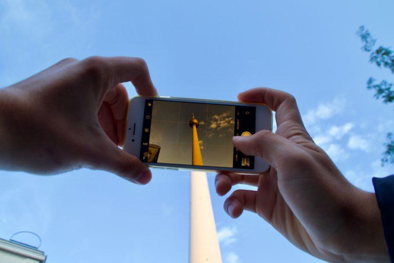 Fernsehturm in Berlin-Alexanderplatz als Instagram- und Social-Media-Motiv by webpixelkonsum