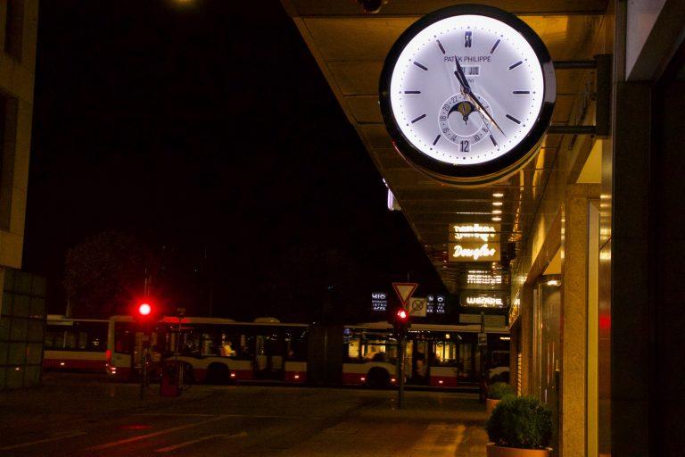 Abbildung zeigt Marketingformen im Marketing in der Nacht in Hamburg